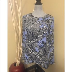 The Limited long sleeve asymmetrical small blouse
